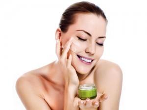 Bí quyết sử dụng mỹ phẩm đúng cách để trị nám da