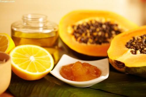 Cách trị nám da mặt bằng mật ong kết hợp chanh và đu đủ