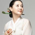Học lỏm cách trị nám của mỹ nhân sứ Kim chi