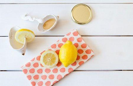 Nám da có chữa được không? cách dùng chanh tươi và mật ong trị nám