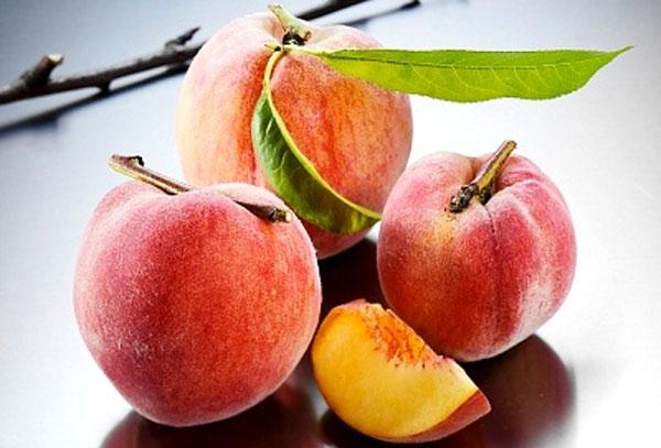 """"""" Tạm biệt"""" nám da bằng 5 công thức từ trái cây5"""