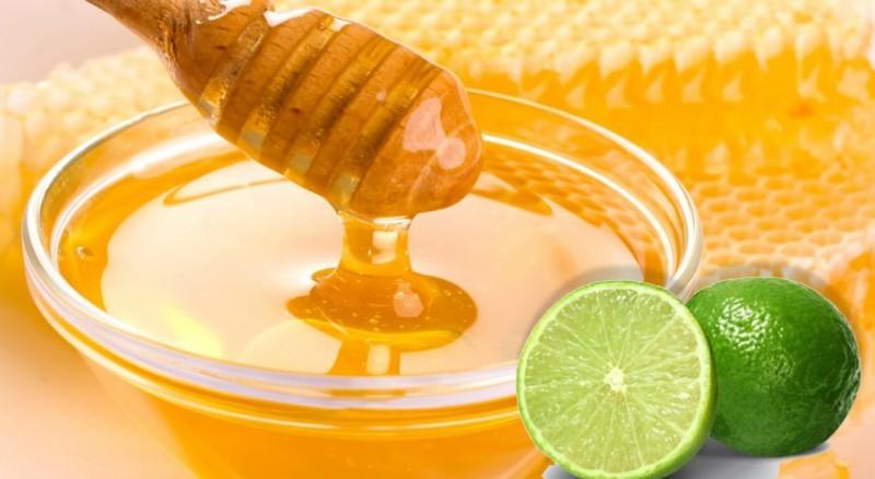 Trị nám quanh miệng bằng mật ong và chanh